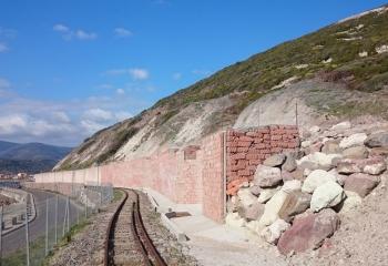 Bosa - Muro di sostegno